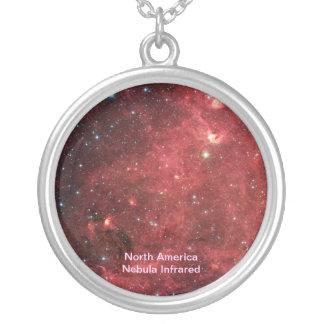 北アメリカの星雲の赤外線 シルバープレートネックレス
