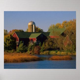 北アメリカ、米国、ウィスコンシン。 赤い納屋 ポスター