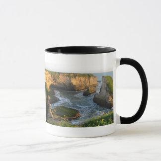 北カリフォルニアの海岸のマグ マグカップ