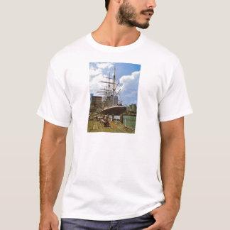 北京の以前ニューヨークのTS Arethusa、 Tシャツ