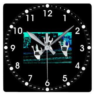 北東通路の鉄道の幽霊 スクエア壁時計