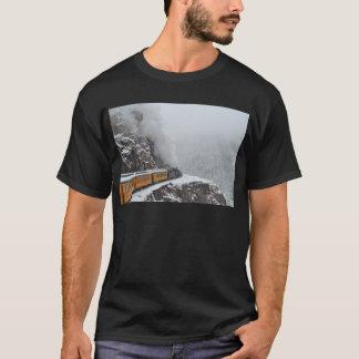 北極の明白な円形くねり Tシャツ