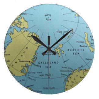 北極の時計のヴィンテージの地図 ラージ壁時計