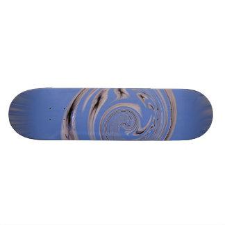 北極の逆転のねじれの青のくも 21.6CM スケートボードデッキ