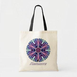 北極星のナマステの万華鏡のように千変万化するパターン トートバッグ