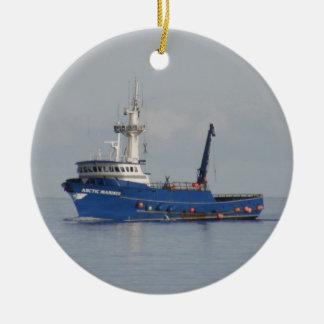 北極船員、オランダ港、AKのカニのボート セラミックオーナメント