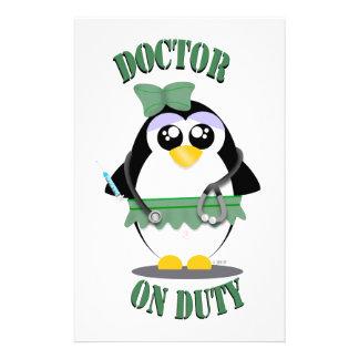 医者勤務中のペンギン(メス) 便箋