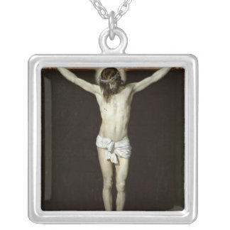 十字のキリスト、c.1630 シルバープレートネックレス