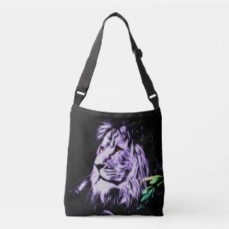 十字の体のライオンのバッグ クロスボディバッグ