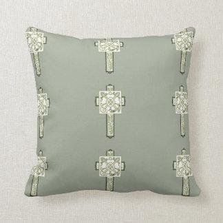 十字の枕 クッション