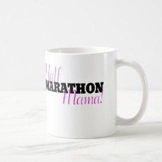 半分のマラソンのママ コーヒーマグカップ