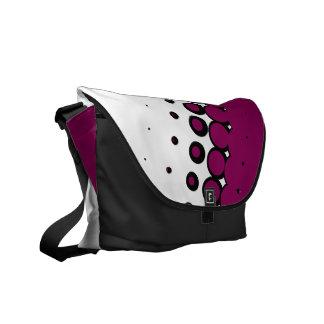 半影の象牙色の(赤すみれ色の)メッセンジャーバッグ メッセンジャーバッグ