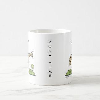 半月のヨガの時間 コーヒーマグカップ