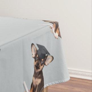 卒業のチワワ犬 テーブルクロス
