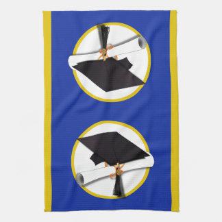 卒業の帽子w/Diploma -濃紺の背景 キッチンタオル