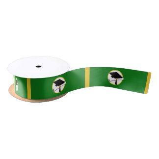 卒業の帽子w/Diploma -緑の背景 サテンリボン