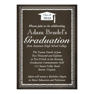 卒業の証明書の発表-黒板 12.7 X 17.8 インビテーションカード