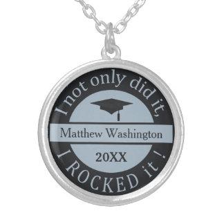 卒業名前をカスタムする及び年のネックレス シルバープレートネックレス