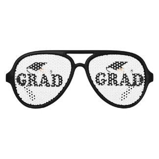 卒業家族-卒業生 アビエーターサングラス