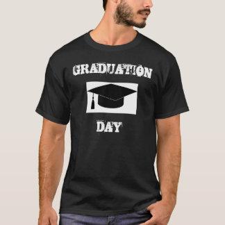 卒業式の日 Tシャツ