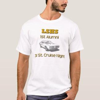 卒業生の巡航T Tシャツ