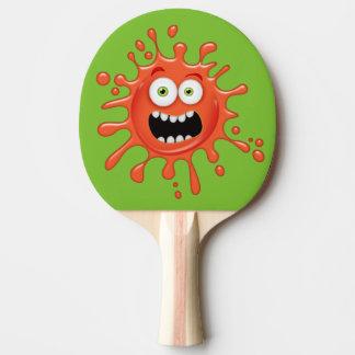 卓球ラケットではねる極度のおびえさせていた顔 卓球ラケット