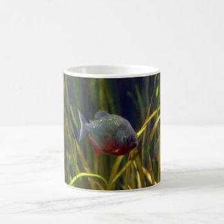 南アフリカのピラニアの魚のマグ コーヒーマグカップ
