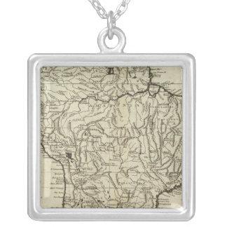 南アメリカの地図 シルバープレートネックレス