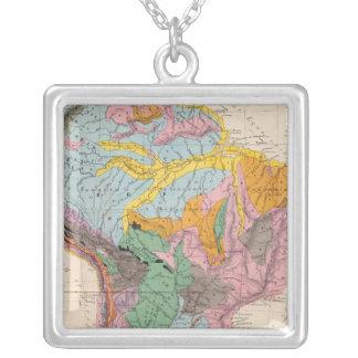 南アメリカの物理的な地図 シルバープレートネックレス
