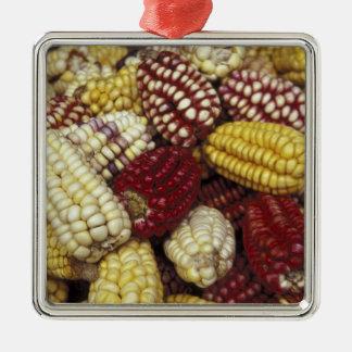 南アメリカ、ペルーのトウモロコシ、トウモロコシ メタルオーナメント