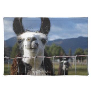 南オレゴンのおもしろいな微笑のラマ ランチョンマット