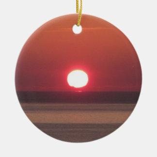 南デボンNossメーヨーの海岸の冬の日光 セラミックオーナメント