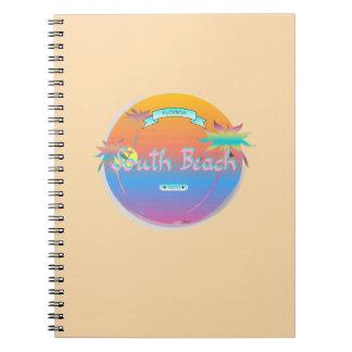 南ビーチ、マイアミ、やしを搭載するフロリダ ノートブック