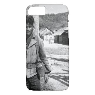 南ベトナムの兵士1966年。 (USIA)厳密なDATE_ iPhone 8/7ケース