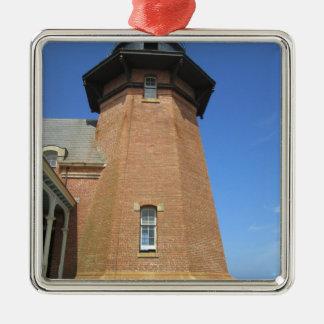 南東の灯台高層ビルの島 メタルオーナメント