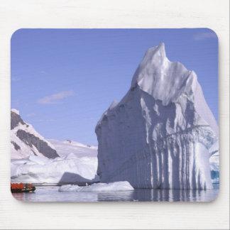 南極大陸の南極半島。 Zodiak マウスパッド