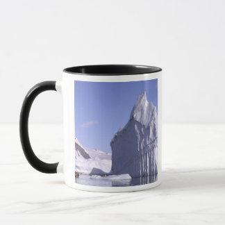 南極大陸の南極半島。 Zodiak マグカップ
