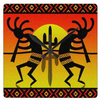 南西砂漠の日没のサボテンココペリ スクエア壁時計
