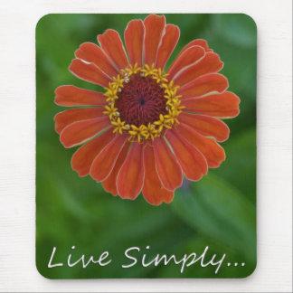 単にオレンジ《植物》百日草の花のmousepadは住んでいます マウスパッド
