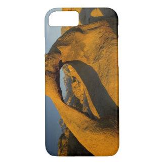 単独の近くでアラバマの丘の東の山脈でアーチ形にして下さい iPhone 8/7ケース