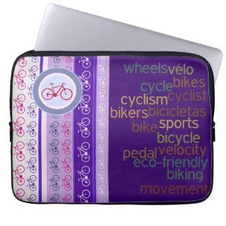 単語を自転車に乗ることは縞で飾り、 ラップトップスリーブ