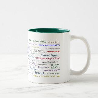 博識のマグ-あなたが読むか、または知るべきである本 ツートーンマグカップ