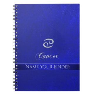 (占星術の)十二宮図の印の蟹座の青いレザールック ノートブック