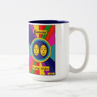 (占星術の)十二宮図の日曜日のマグ-ジェミニ ツートーンマグカップ