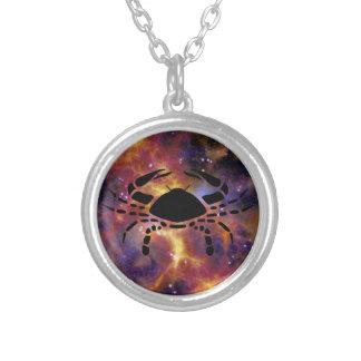 (占星術の)十二宮図の蟹座のネックレス シルバープレートネックレス