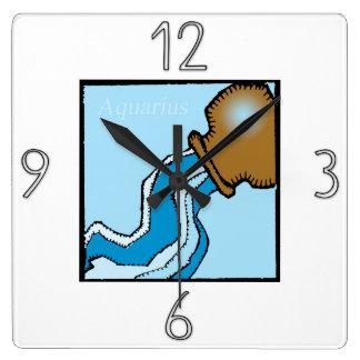 占星術の(占星術の)十二宮図の印のアクエリアスの柱時計 スクエア壁時計