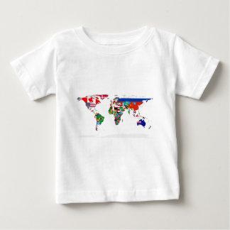 印を付けられた世界-世界の旗の地図 ベビーTシャツ