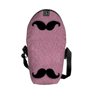 印刷されるガーリーで黒い髭のピンクのグリッター メッセンジャーバッグ