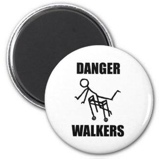 危険の歩行者 マグネット