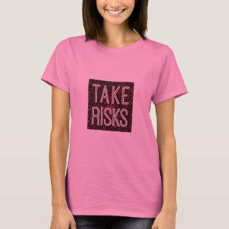 危険の赤を取って下さい Tシャツ